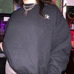 vintage women's champion black crewneck sweater